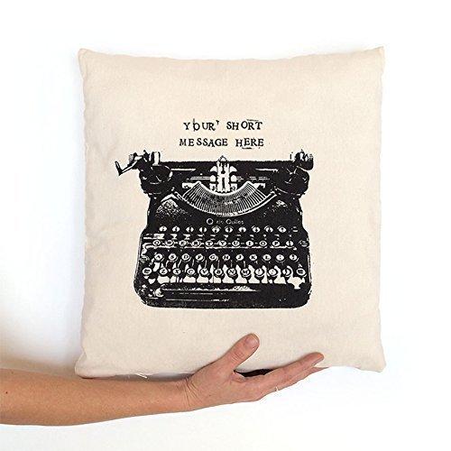 Cojín máquina de escribir, regalo personalizado con mensaje, blanco y negro. Tintas ecológicas