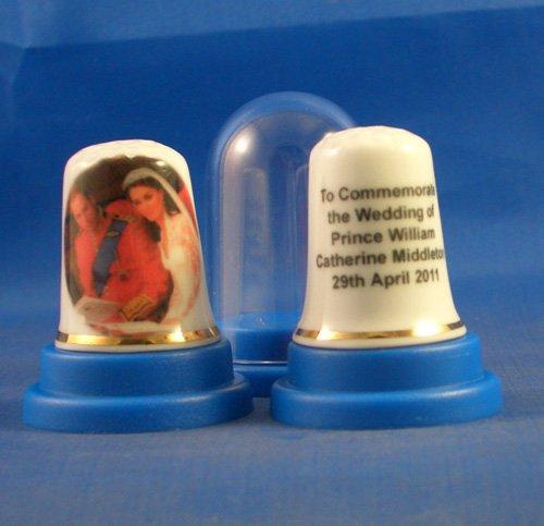 DOIGTIER porcelaine Souvenir du mariage Royal de William et de Kate Middleton à l'abbaye de Westminster Birchcroft China