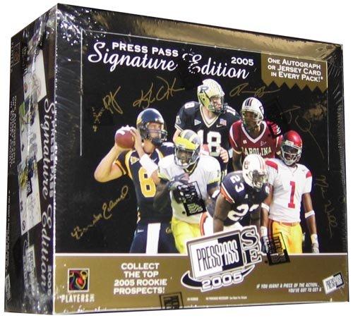 (2005 Press Pass Signature Edition Football HOBBY Box - 12P5C)