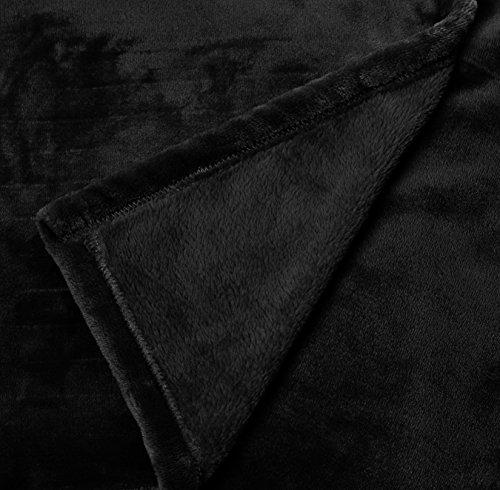 piedi e pile con per tasca Amazonbasics Coperta nero in viola i maniche 150x180cm scuro XgBzxwn6nq