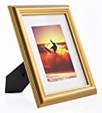 Displays2go 5x7 Matted Antique Style Beveled Gold Photo Frame, Glass Lens Included - Set of 4