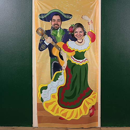 Latino Themed Costumes - Fun Express Fiesta Couple Photo Door