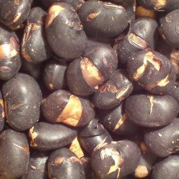 Roasted Tamba black beans - domestic craftsman has created and carefully roasting! (500g) by Matsubaya