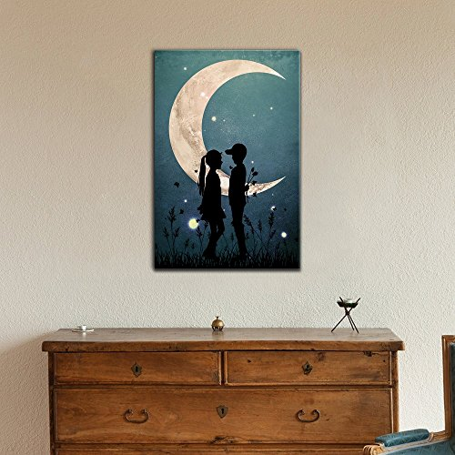 Love Romantic Silhouette of Boy and Girl Under The Crescent