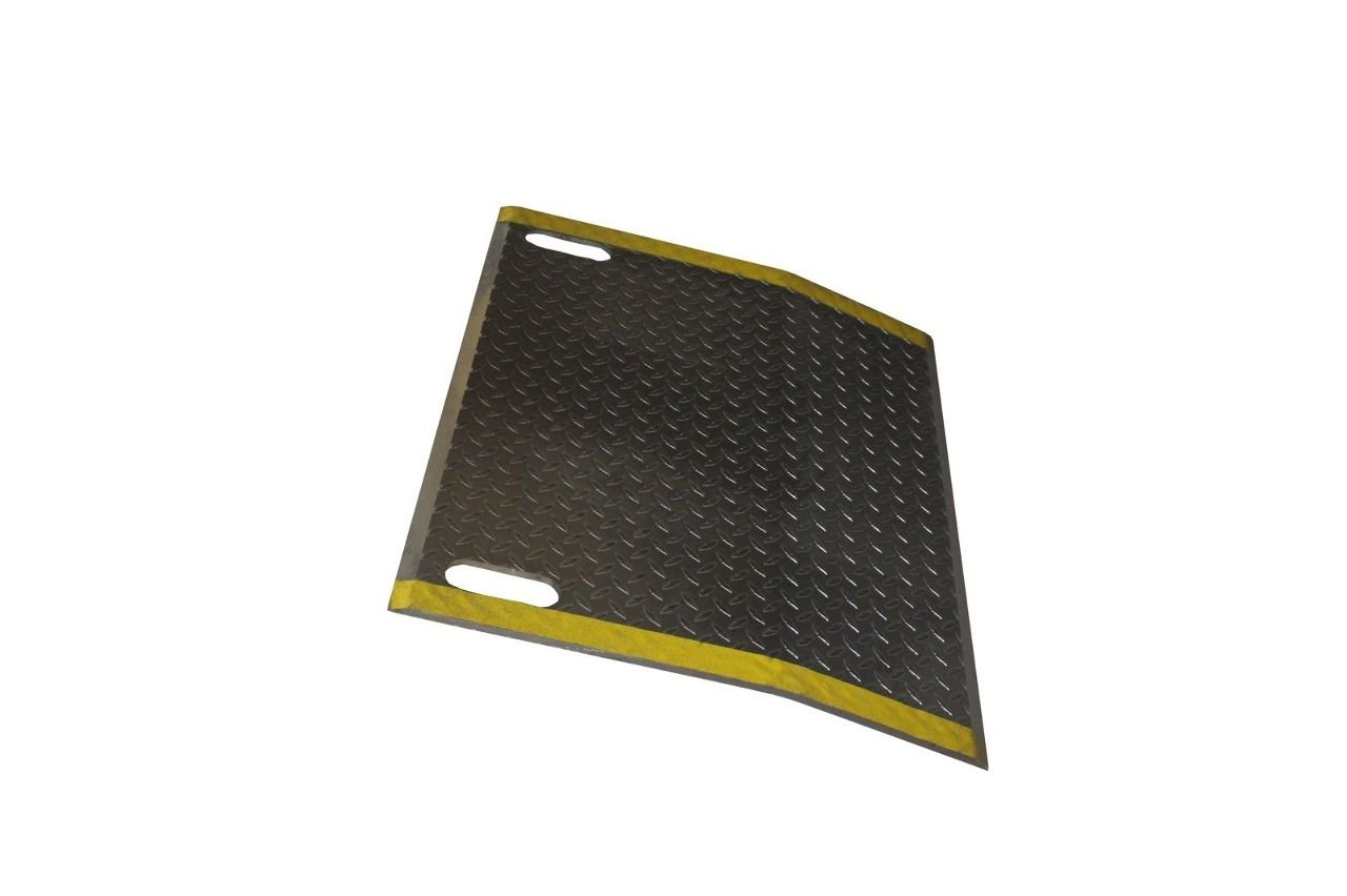 Aluminum (3/8'') Beveled Edge Dock Plate with Slots 30'' W x 24'' L 5200# Cap