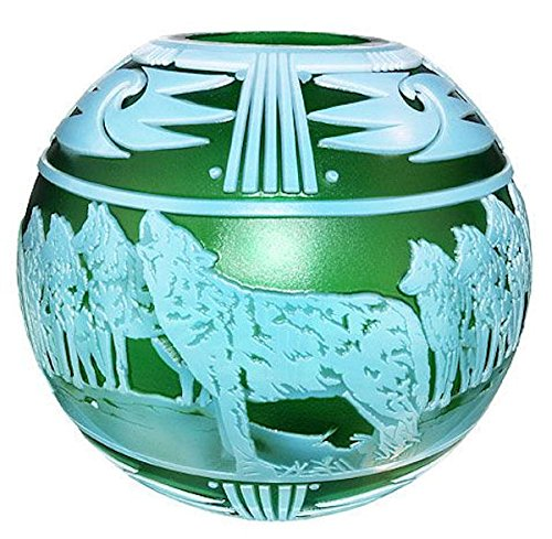Fenton Art Glass 2010 Cameo Gallery On The Rocks Cameo Carved Vase in Emerald Green and Topaz Opalescent ()