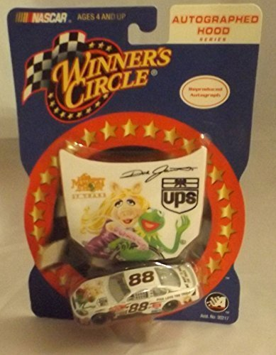 Dale Jarrett #88 UPS The Muppet Show 25th Anniversary Kermit Miss Piggy 1/64 Scale Diecast With Bonus Magnet Hood Winners Circle 2002 Edition