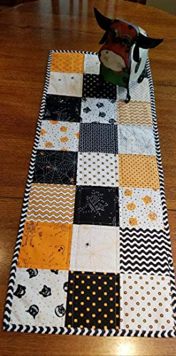 Dot Dot Boo! Quilted Halloween Table Runner - and Free Shipping! by zzMiniQuilts
