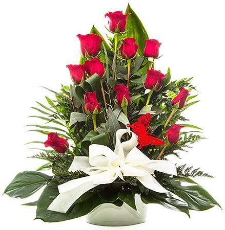 Centro de 12 rosas rojas presentado en base decorativa.,Novedad en Amazon...Elige el día de entrega!