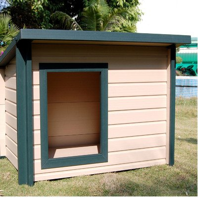 "EcoChoice Rustic Lodge Style Dog House Size: Jumbo (37.6"" H x 46.4"" W x 39"" L)"