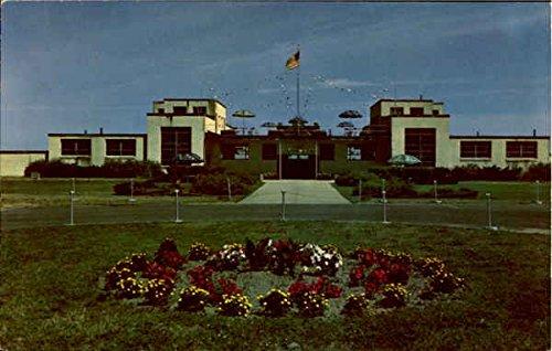 Entrance To Bathhouse, Hampton Beach State Park New Hampshire Original Vintage Postcard