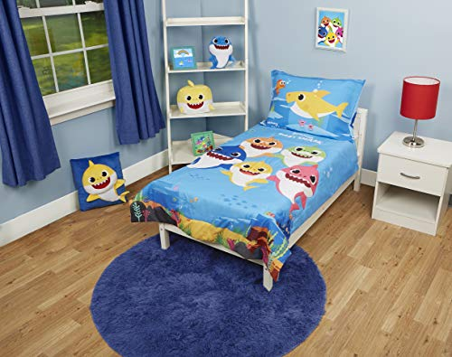 Baby Shark 4 Piece Toddler Beddi...