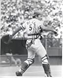 Johnny Bench Cincinnati Reds Autographed Signed 8 x 10 Photo -- COA - (Mint Condition)