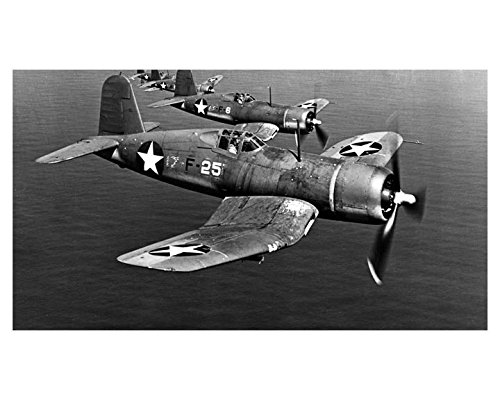 1943 Vought Sikorsky Corsair Navy Fighter Airplane Factory ()