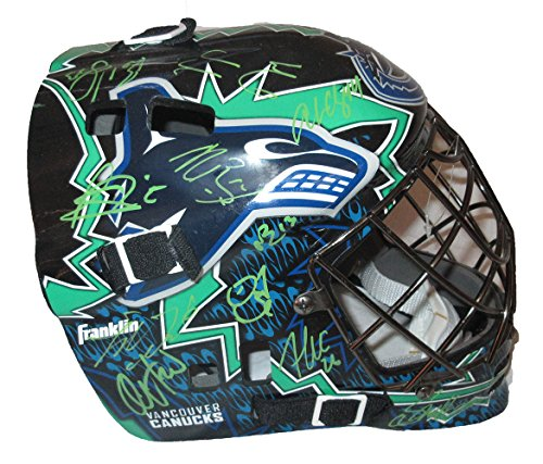 (2014-15 Vancouver Canucks Team Signed Logo Mask W/PROOF, Picture of The Players Signing For Us, Vancouver Canucks, Henrik Sedin, Daniel Sedin, Eddie Lack, Bo Horvat and More)