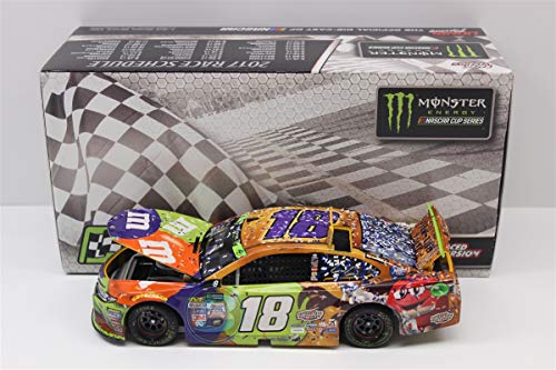 Lionel Racing Kyle Busch 2017 Martinsville Win Raced Version M&M's Halloween NASCAR Diecast 1:24 Scale]()