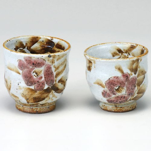 Kutani couple teacup camellia by Kutani