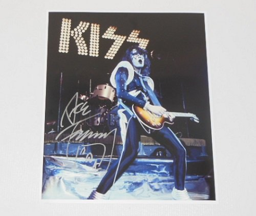 Paul Stanley Costume Love Gun (Kiss Dressed to Kill Ace Frehley Authentic Signed Autographed 8x10 Glossy Photo)