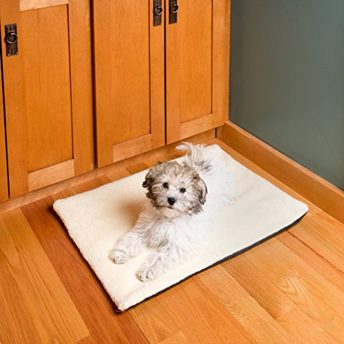 Evelots-Self-Heating-Pet-Bed-Mat-For-Cats-Dogs-And-Kittens-Travel-Or-Home