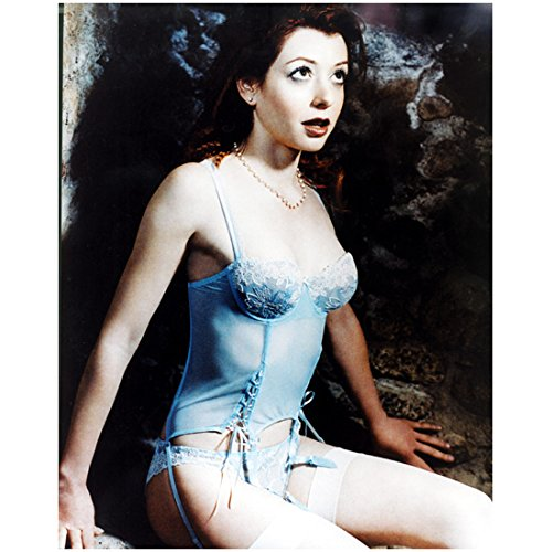 Alyson Hannigan Looking Up Wearing Blue Bust 8 x 10 Inch Photo