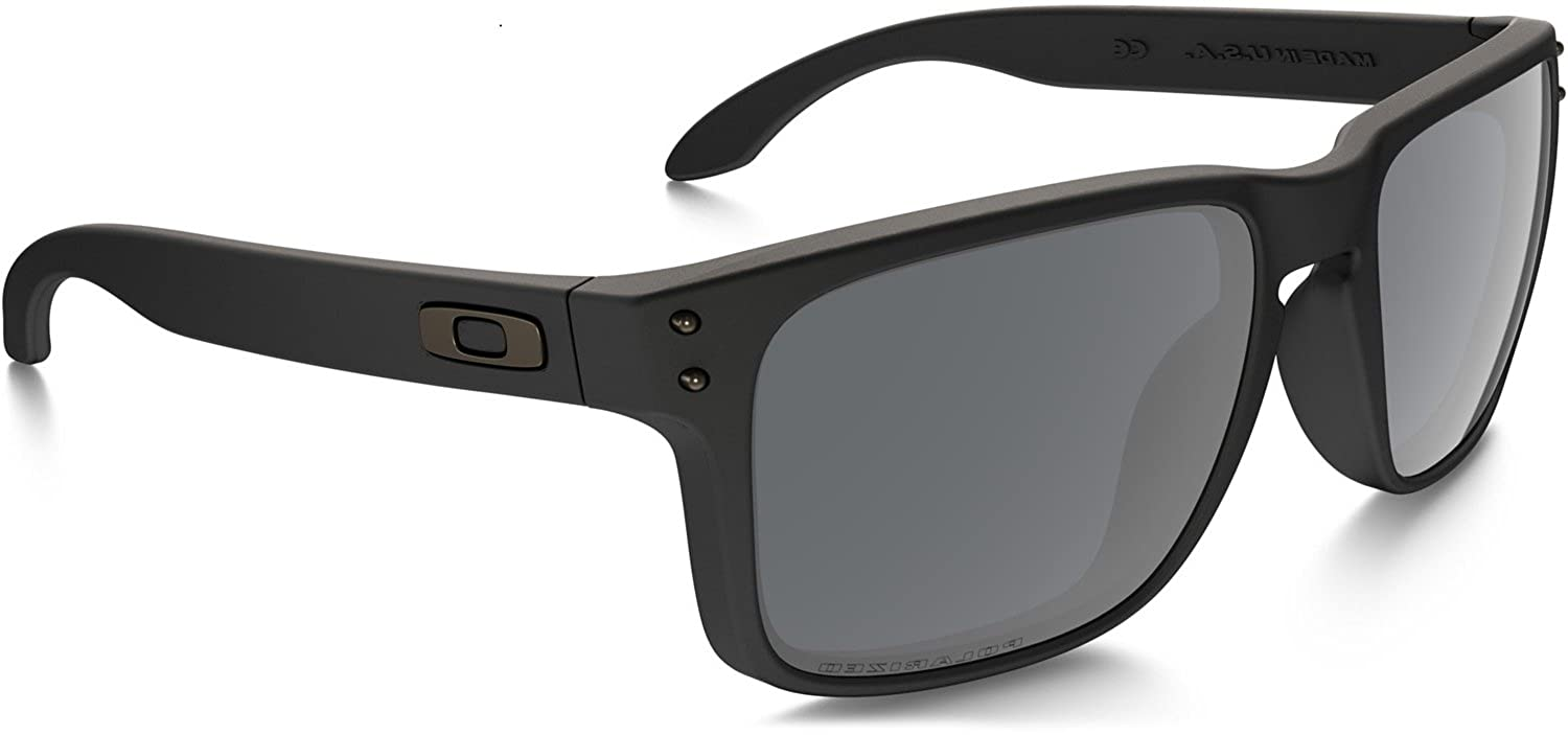 c8c4a39120 Amazon.com  Oakley Holbrook OO9102-01 Matte Black Sunglasses  Clothing