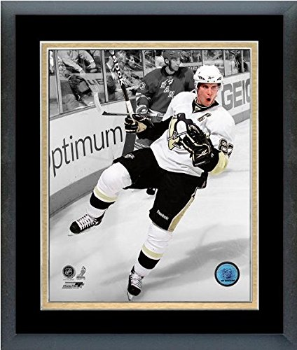 Sidney Crosby Pittsburgh Penguins NHL Spotlight Action Photo (Size: 18