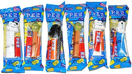 PEZ-Star Wars, 6 Random Assortment of Pez Dispensers With 2 Rolls of Refills Each]()