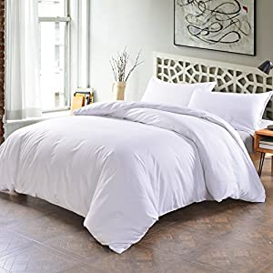 Lightweight Microfiber Duvet Cover Set With Zipper Close,Reversible Color Design(King,White)Soft Comfortable 3 Piece (1 Duvet Cover +2 Pillow Shams) by SORMAG