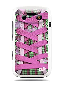 "GRÜV Premium Case - ""Retro Vintage Fashion Pink Sneaker Shoes"" Design - Best Quality Designer Print on White Hard Cover - for Blackberry Bold 9790 Onyx III 3"
