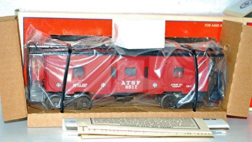 (Lionel 6-19732 AT&SF Bay Window caboose lighted b/w 6517 Santa Fe Barstow postwr)