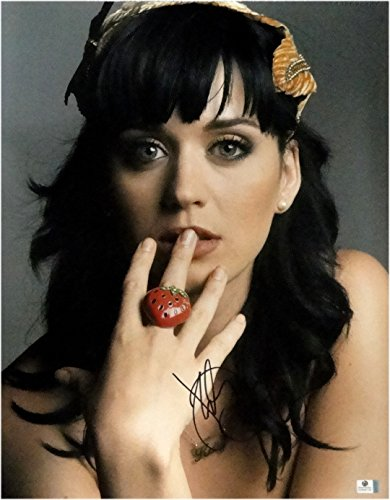 Perry Signed Hand - Katy Perry Hand Signed Autographed 16x20 Photo Stunning Face/Lips GA 848109