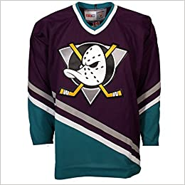 classic fit 11bf1 af470 Amazon.com: Anaheim Mighty Ducks Vintage Replica Jersey 1993 ...