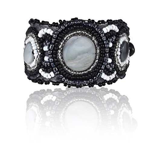 Ice Bijoux Beads Cuff Bracelet - Black Beads with Shells 7 inches Monte Carlo -