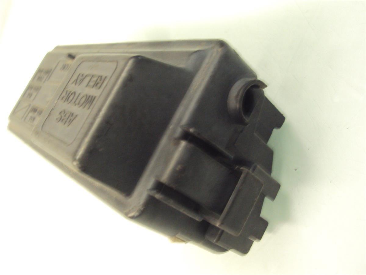 94 95 96 97 98 00 01 Acura Integra Under Hood Abs Fuse Box Relay Unit Automotive