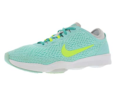 pretty nice fd3ed e5c69 Amazon.com   Nike Zoom Fit Fitness Women s Shoes Size 8   Fitness   Cross- Training