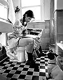 Sandra Bullock on the Toilet Reading 8x10 Photo