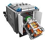 Lego-BatmanTM-Arkham-Asylum-Breakout-Set-10937-Pieces1619