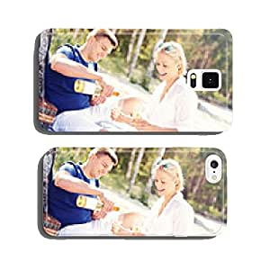 Adult couple having picnic at the beach cell phone cover case Samsung S6