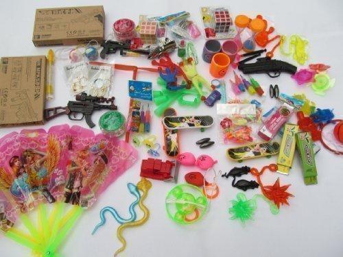 Pochette Surprise Anniversaire.Fat Catz Assortiment Petits Jouets Cadeaux Pinata Fetes Anniversaires Pochettes Surprises Enfants Garcon Fille X 35