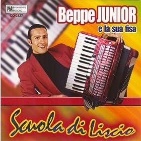 Amazon.com: Scuola di liscio: Beppe Junior e la sua Fisa: MP3
