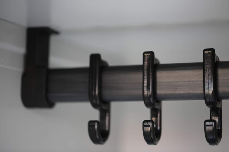 montiert und verschwei/ßt L/üllmann Spind Spint Stahl-Kleiderschr/änke Gaderobenschrank 2 t/ürig 300mm mittig schlie/ßend 510420 kompl
