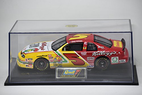 1997 - Revell Collection CLub / NASCAR - Terry Labonte #5 - Corn Flakes Monte Carlo - 1:24 Scale Die Cast - w/ Case - OOP - Rare ()