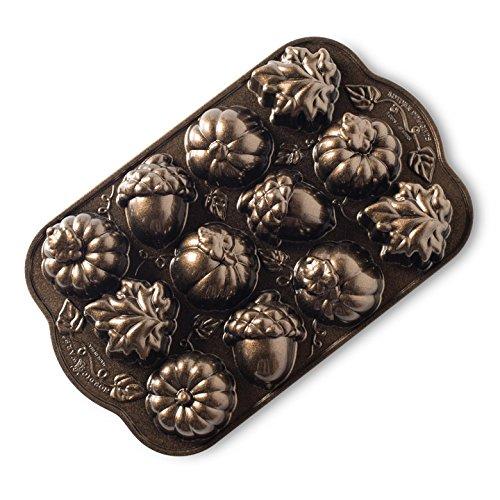 Great Pumpkin Bundt Pan (Nordic Ware Autumn Delights Cakelette Pan)