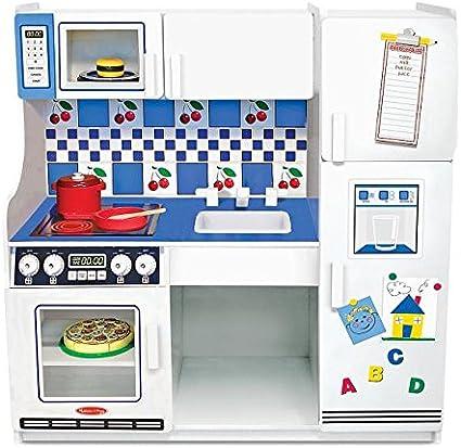 Amazon Com Melissa Doug Classic Deluxe Kitchen Melissa Doug Toys Games