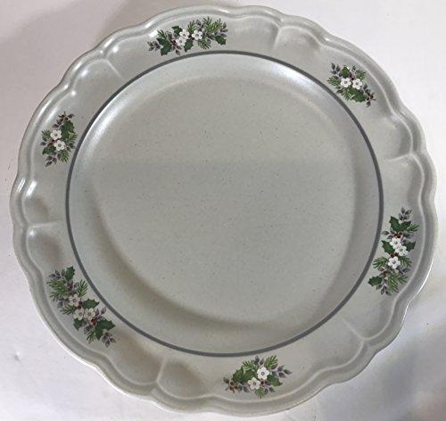Pfaltzgraff Heirloom Pattern Dinner Plates, Set of 4 (Heirloom Gravy)