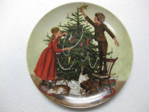 Norman Rockwell Christmas Plate - 6