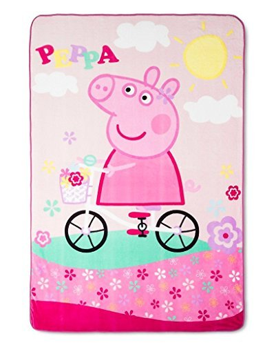 ENTERTAINMENT ONE UK Peppa Pig Blanket, Super Soft Peppa Pig Plush Blanket, 62 x 90, Peppa Pig Bike Ride Theme