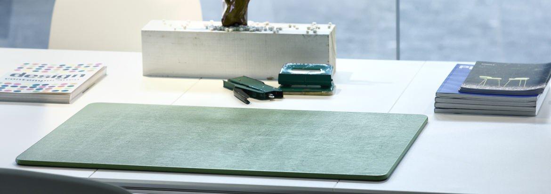 Braun Made in Italy Durable Schreibtischunterlage mit abgerundeten Ecken 65 x 40 cm