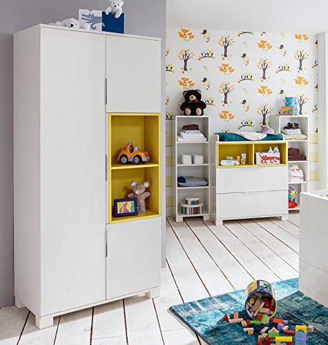 Babyzimmer Set weiß - gelb Wickelkommde Wickeltisch Regale ...