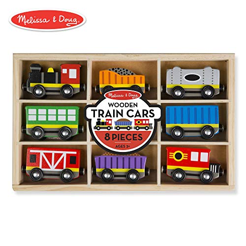Melissa & Doug Wooden Train Cars (8-Piece Train Set)